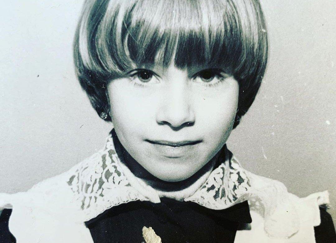 Арина Холина в детстве