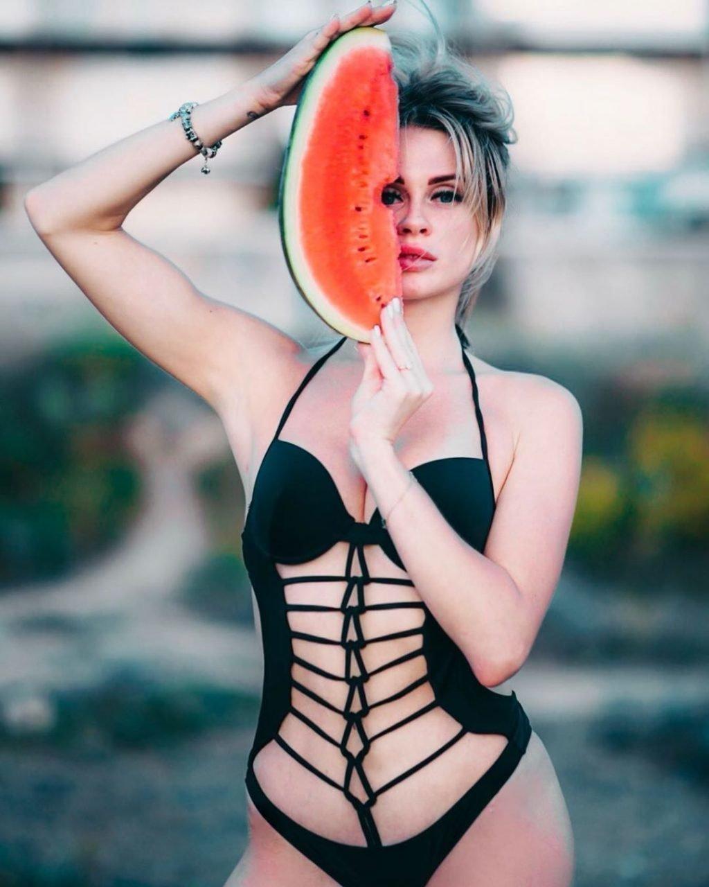 Елена Сажина внешность