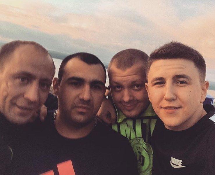 Андрей Торонто с друзьями