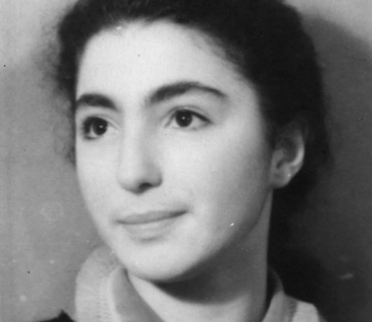 Лейла Адамян в юности