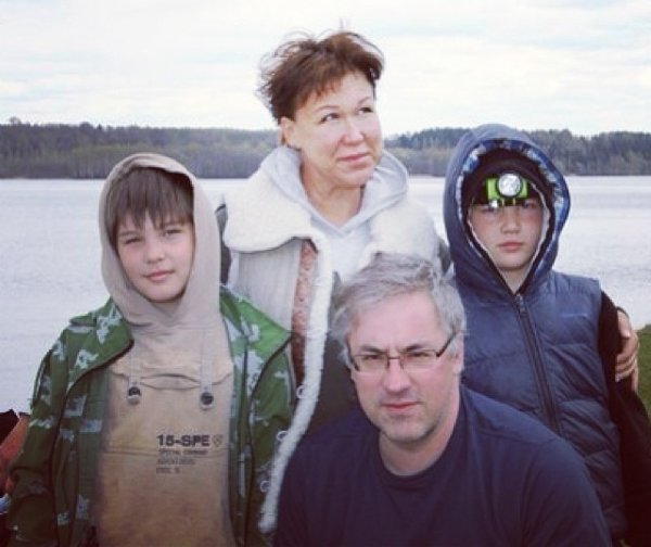 Семья Норкиных на рыбалке