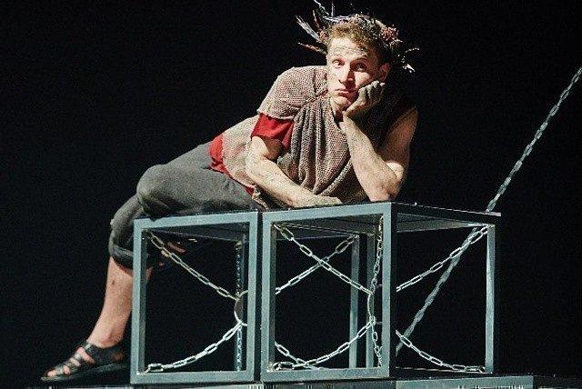 Илья Шабельников в театре