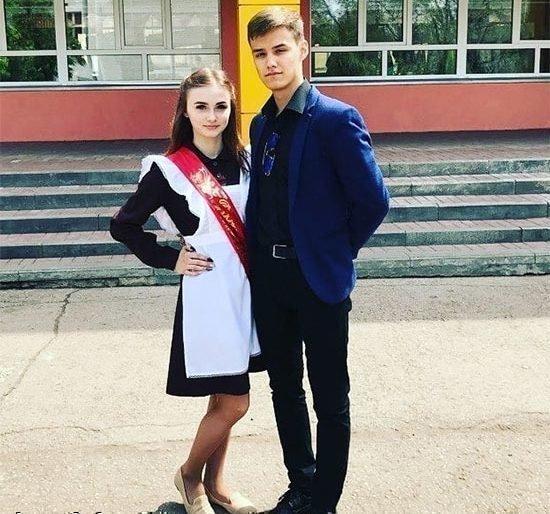 Лера Хуснутдинова в школьные годы