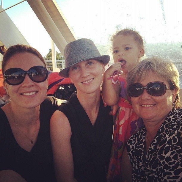 Маша Майерс с родными