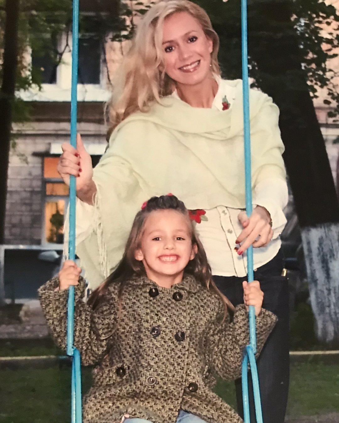 Оксана Грищук с дочкой