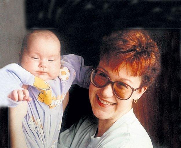 Юлия Норкина и усыновленный малыш