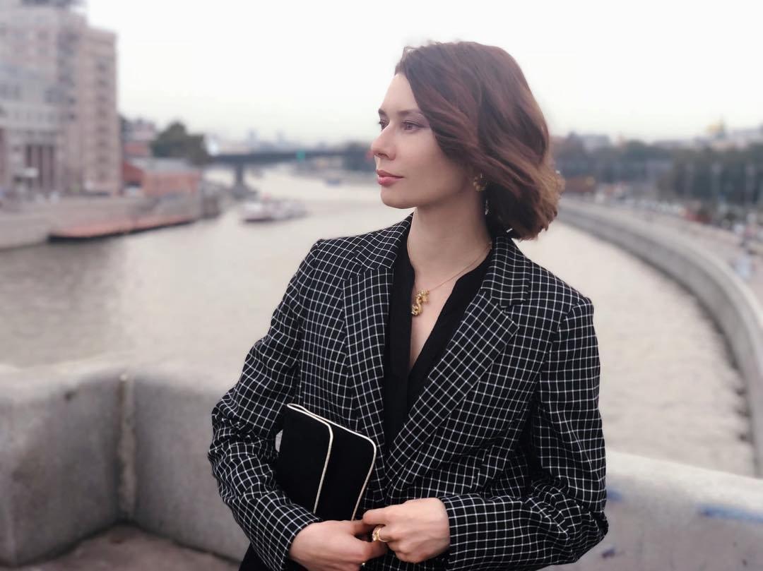 Радиоведущая Юлия Доренко