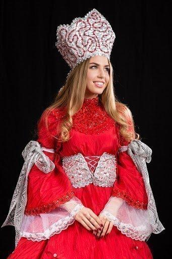 Катя Дорожко на конкурсе красоты