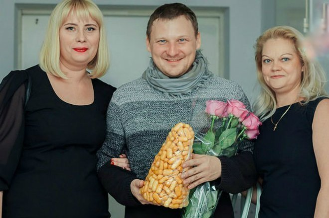 Михайил Бублик с сестрами