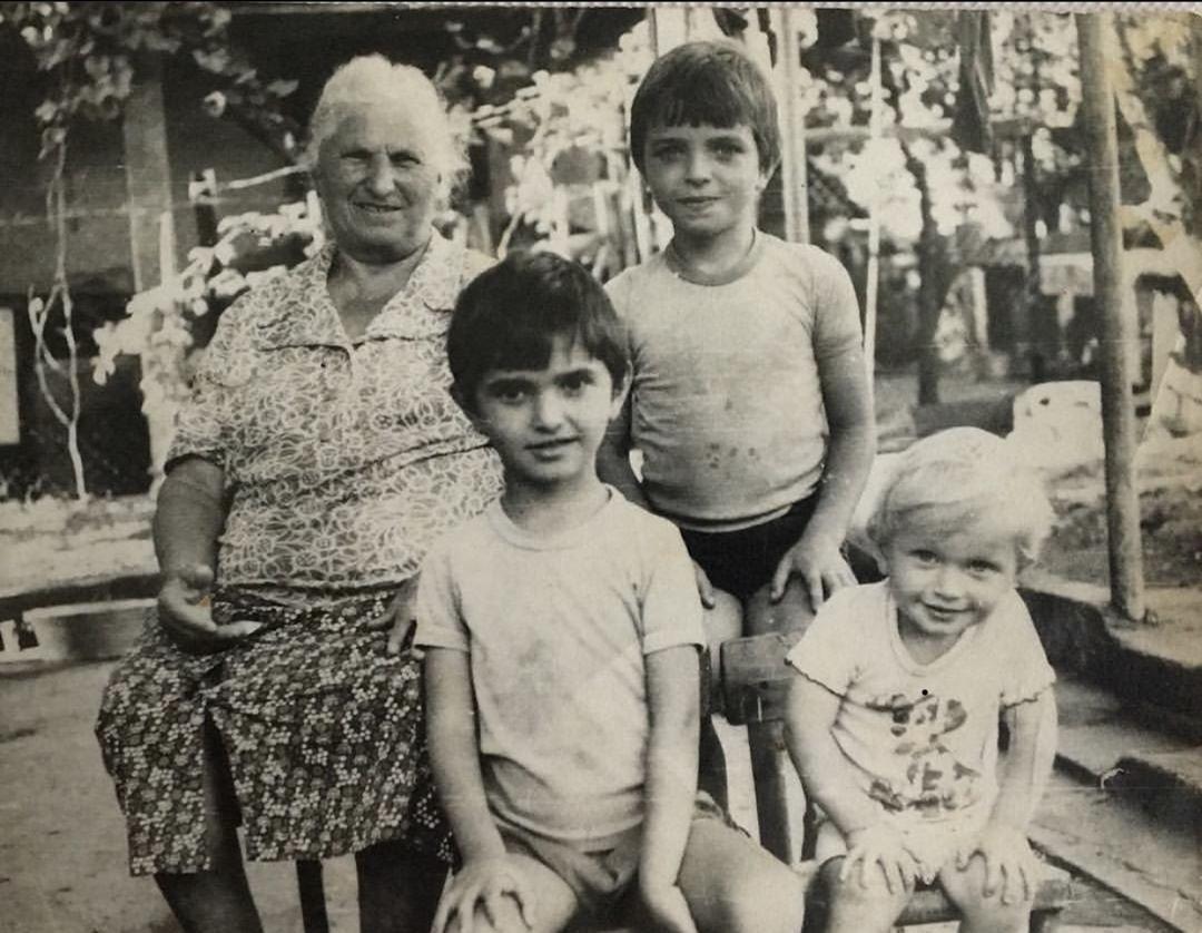 Александр Шоуа в детстве