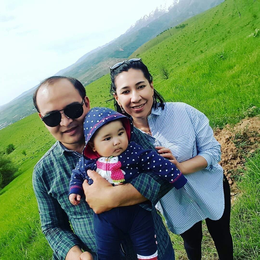 Дилдора Ниязова с мужем и сыном