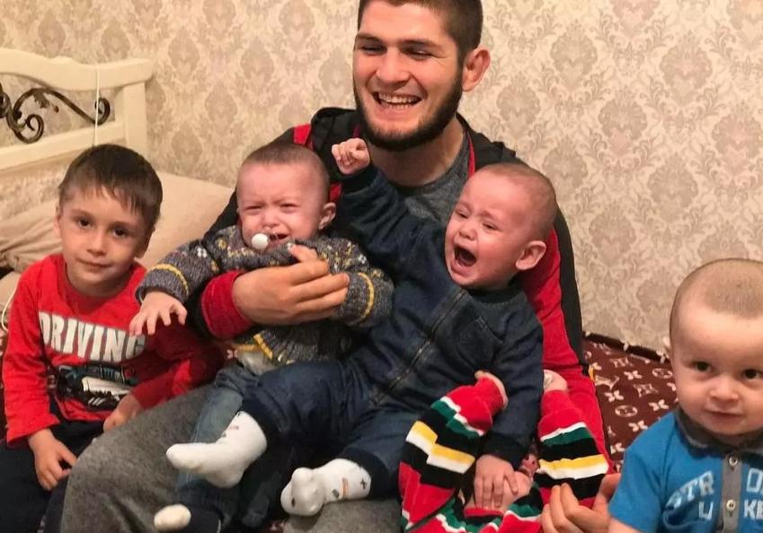 Хабиб Нурмагомедов дети
