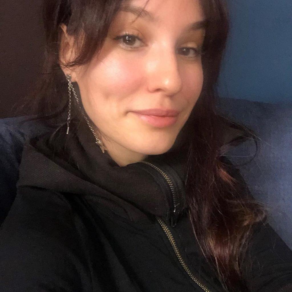 Елена Миро