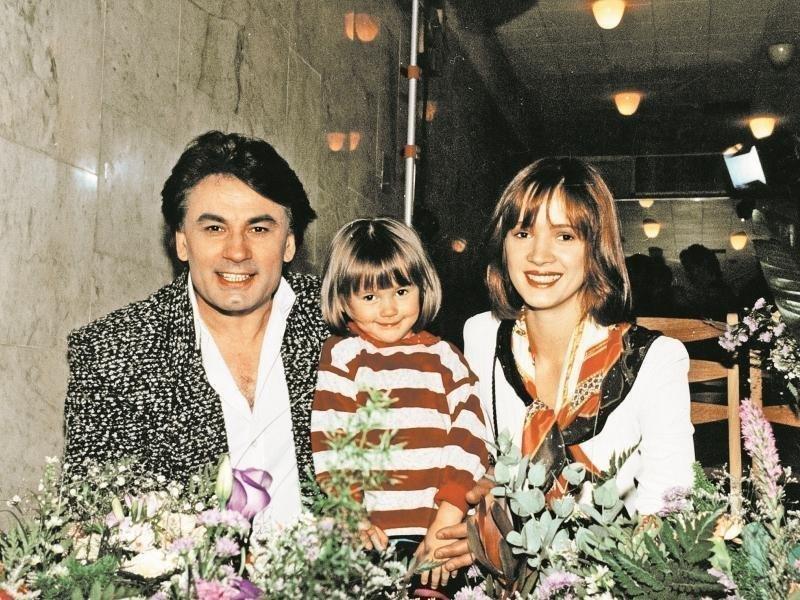 Мишель Серова с родителями