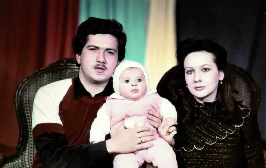 Наиля Аскер-заде с родителями