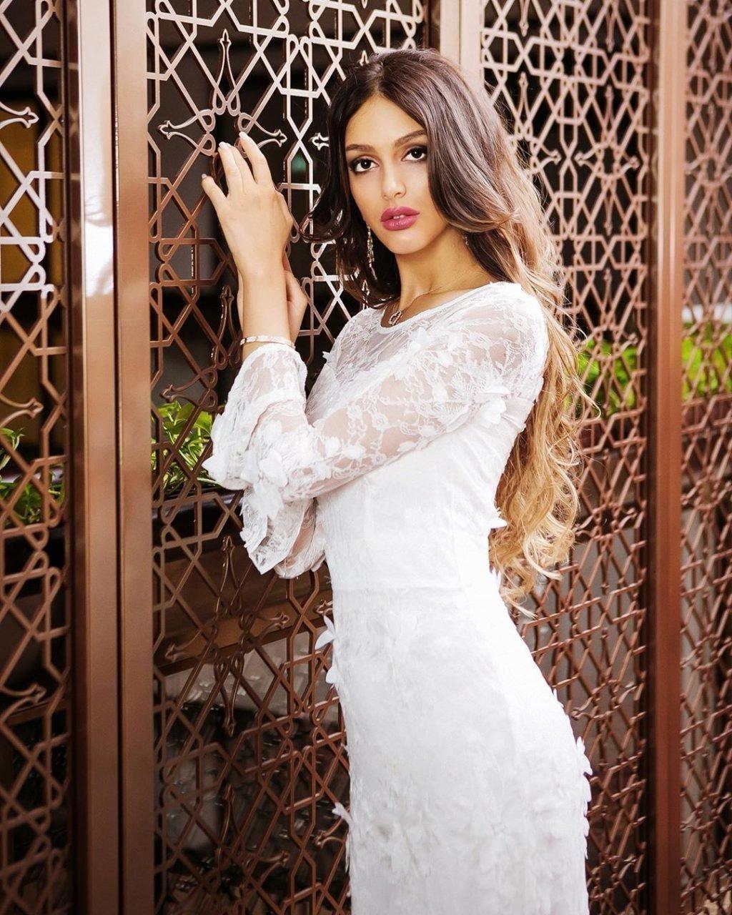 Оксана Воеводина жена короля