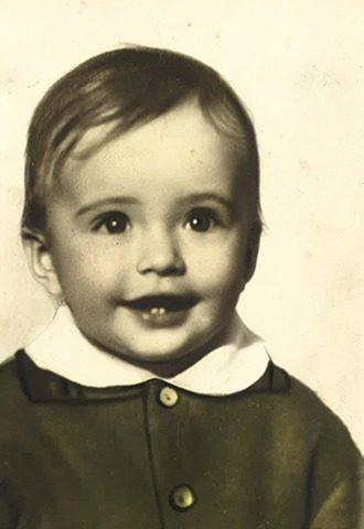 Виктория Шелягова в детстве