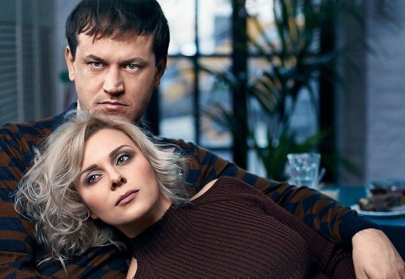 Яна Троянова с Сигаревым