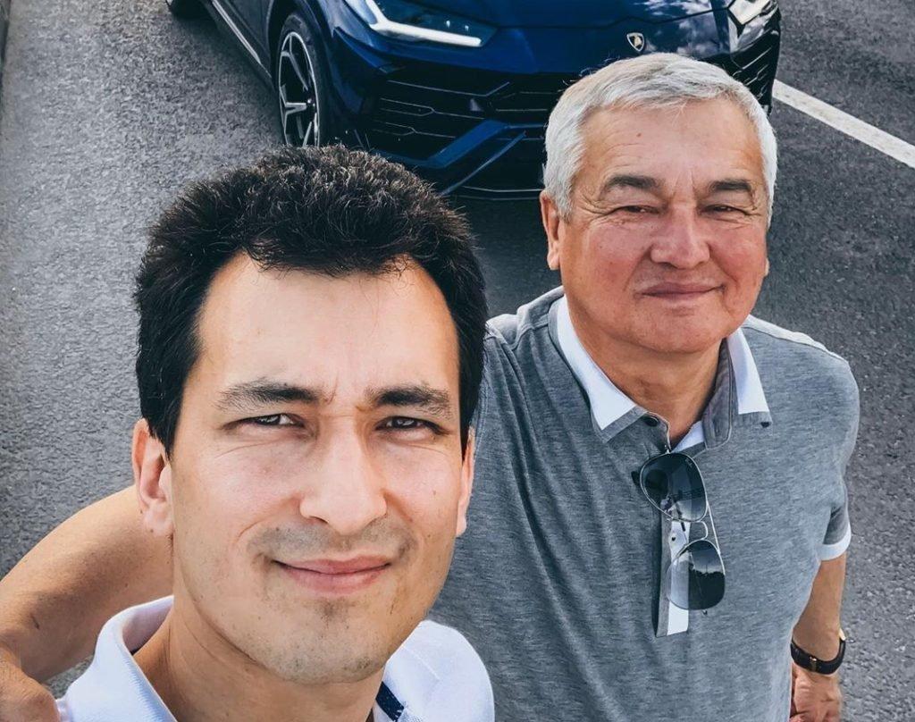 Алан Енилеев с отцом