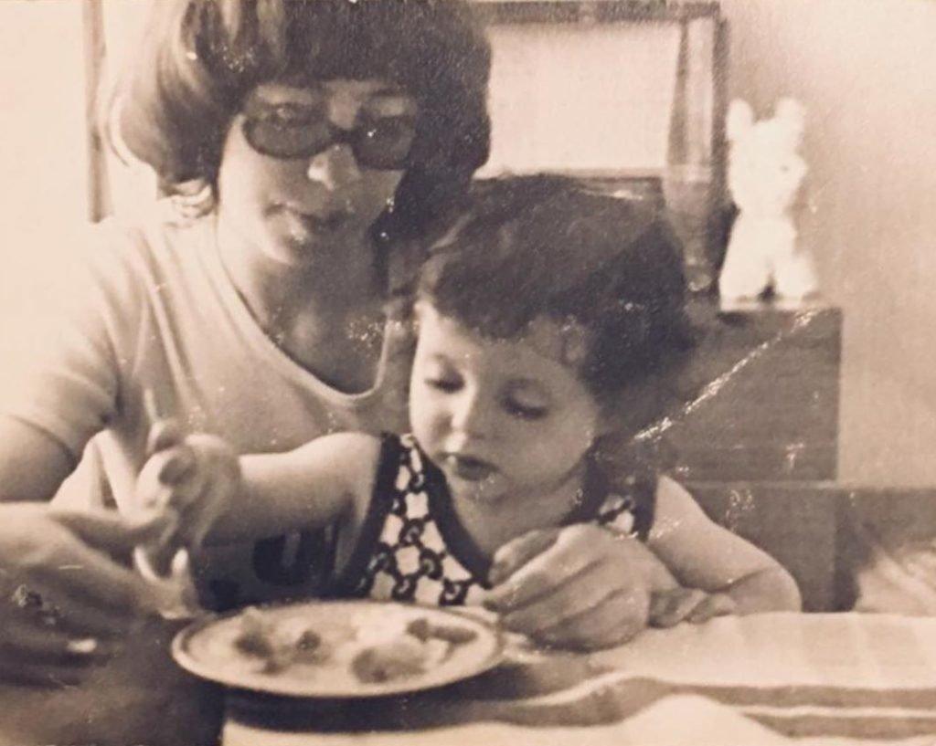 Анна Банщикова с мамой в детстве