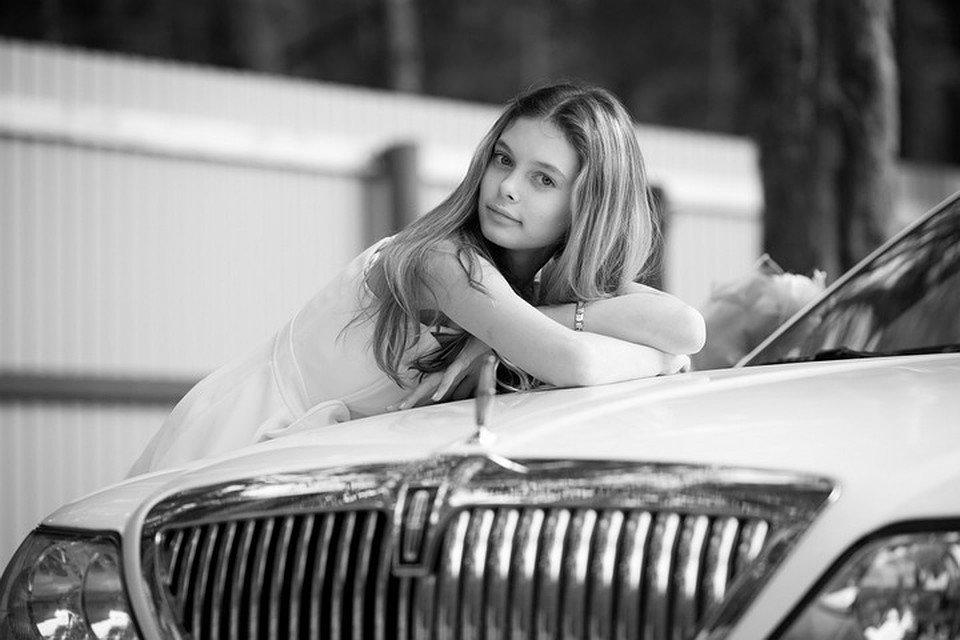 Лиза Адамнко в детстве
