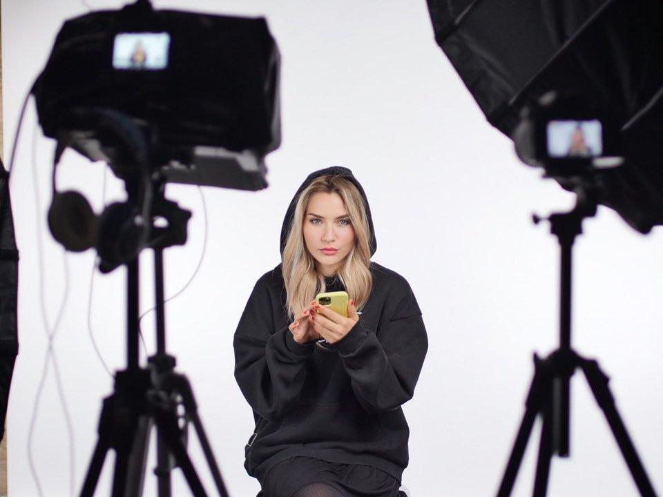 Катя Конасова блогер