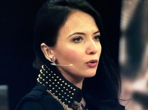 Кира Сазонова на ток-шоу