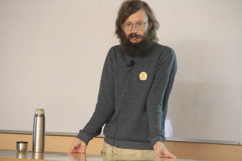 Станислав Дробышевский на лекции
