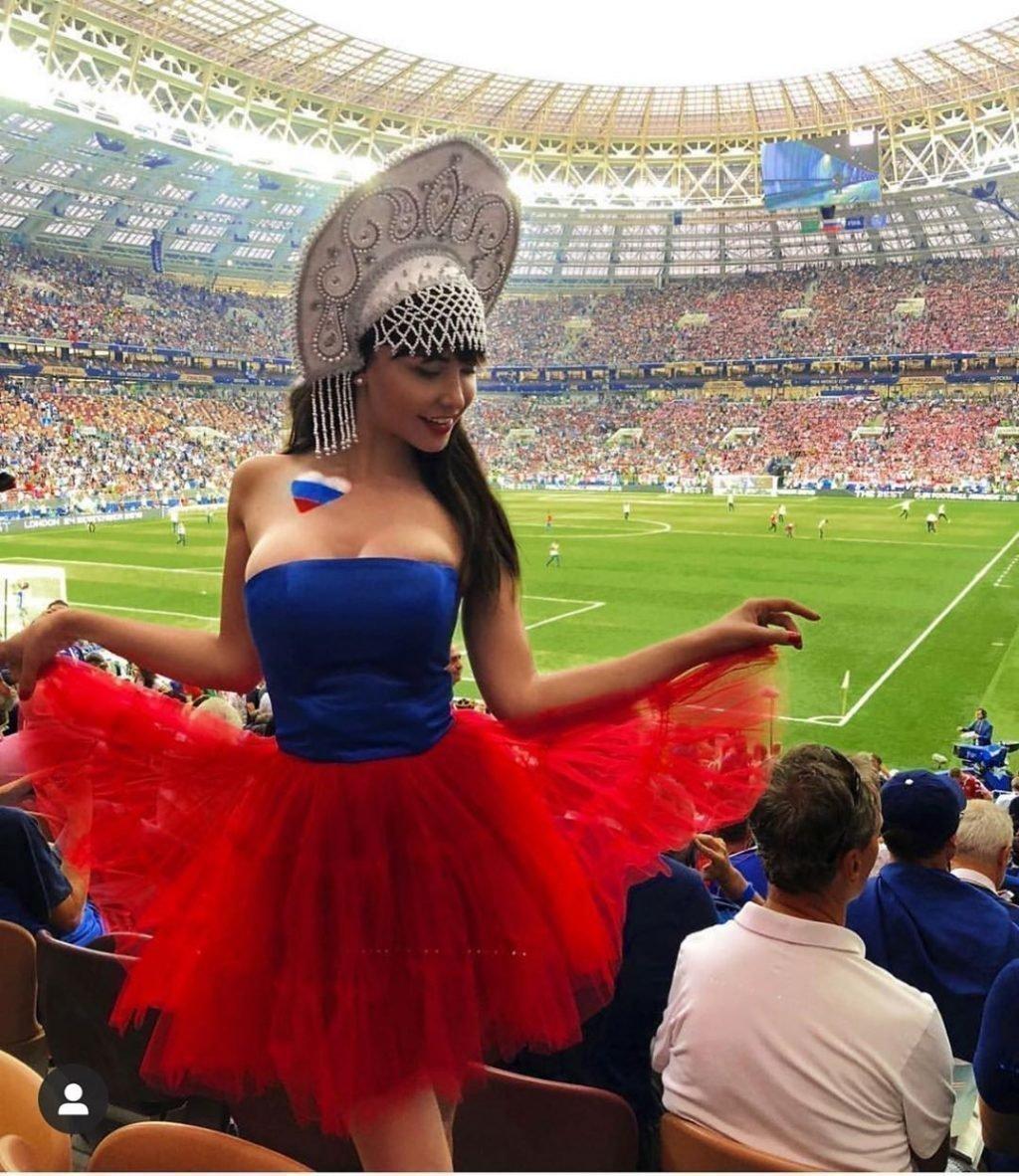 Мария Лиман на футболе