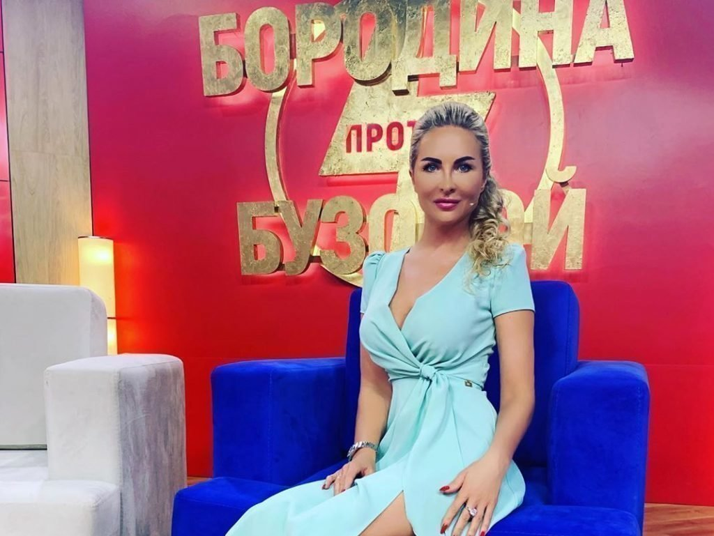 Елена Перелыгина на шоу