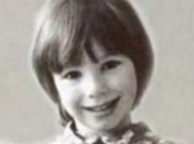 Лена Зосимова в детстве