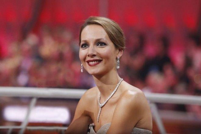 Ведущая Дарья Златопольская
