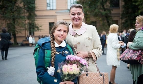 Маша Мельникова в школьные годы