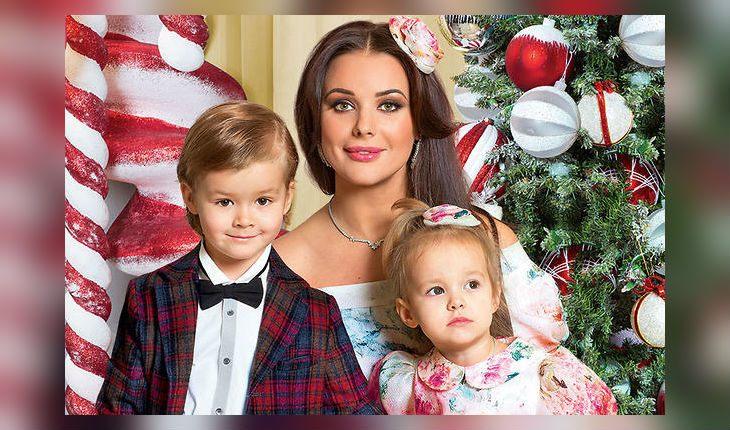 Оксана Федорова с детьми