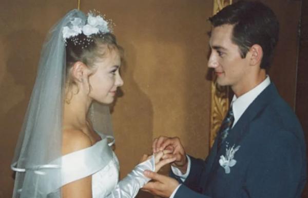 Карина Разумовская и Артем Карасев, свадьба
