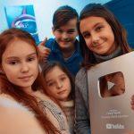Биографии актеров Funny Friends и история Ютуб-канала: возраст, где живут, видео и фото