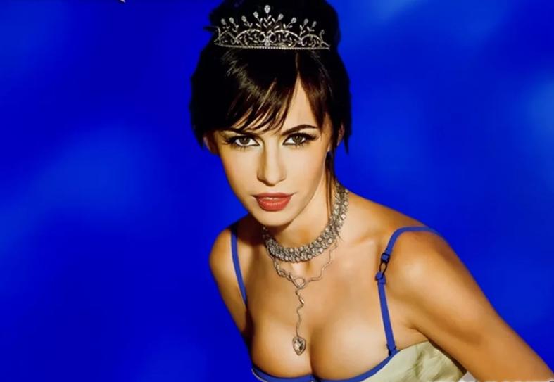 Оксана в рекламе «Космос-золото»