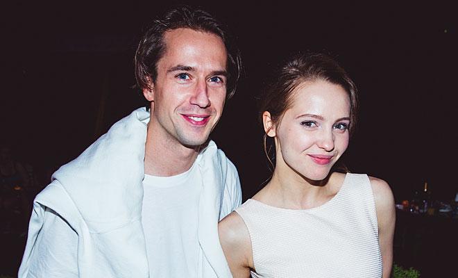 Егор Корешков с актрисой Юлией Хлыниной