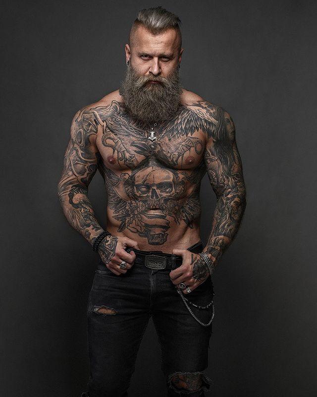 Татуировки Павла Ладзиака