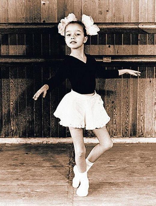 Екатерина Кухар в детстве